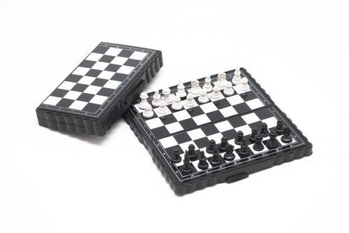 Magnetic Chess Set Games and Toys One Dollar Only